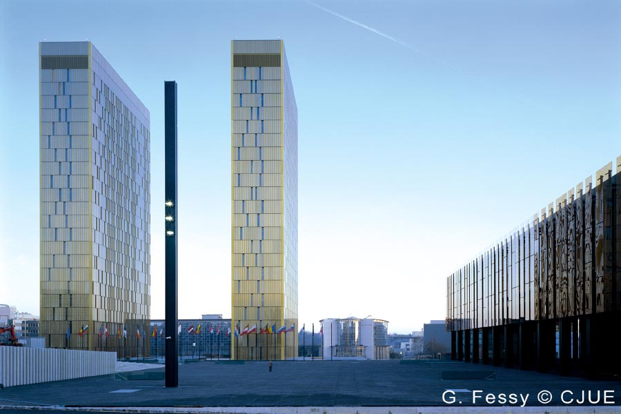 A Luxemburgi törvényszék hatályon kívül helyezi az EB elutasító határozatát